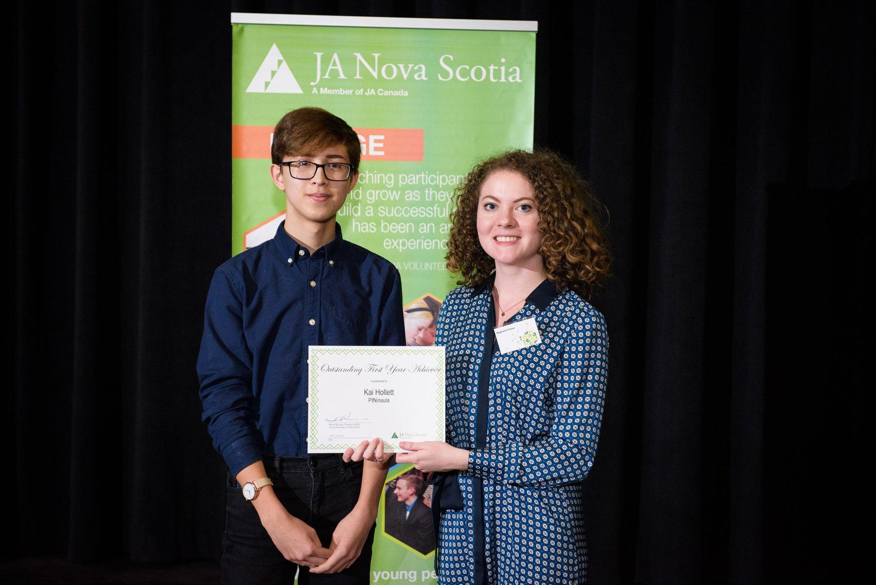 2014 Annual Awards & Recognition   Photo Credit: Rebecca Clarke Emotive Photography, rebeccaclarke.ca