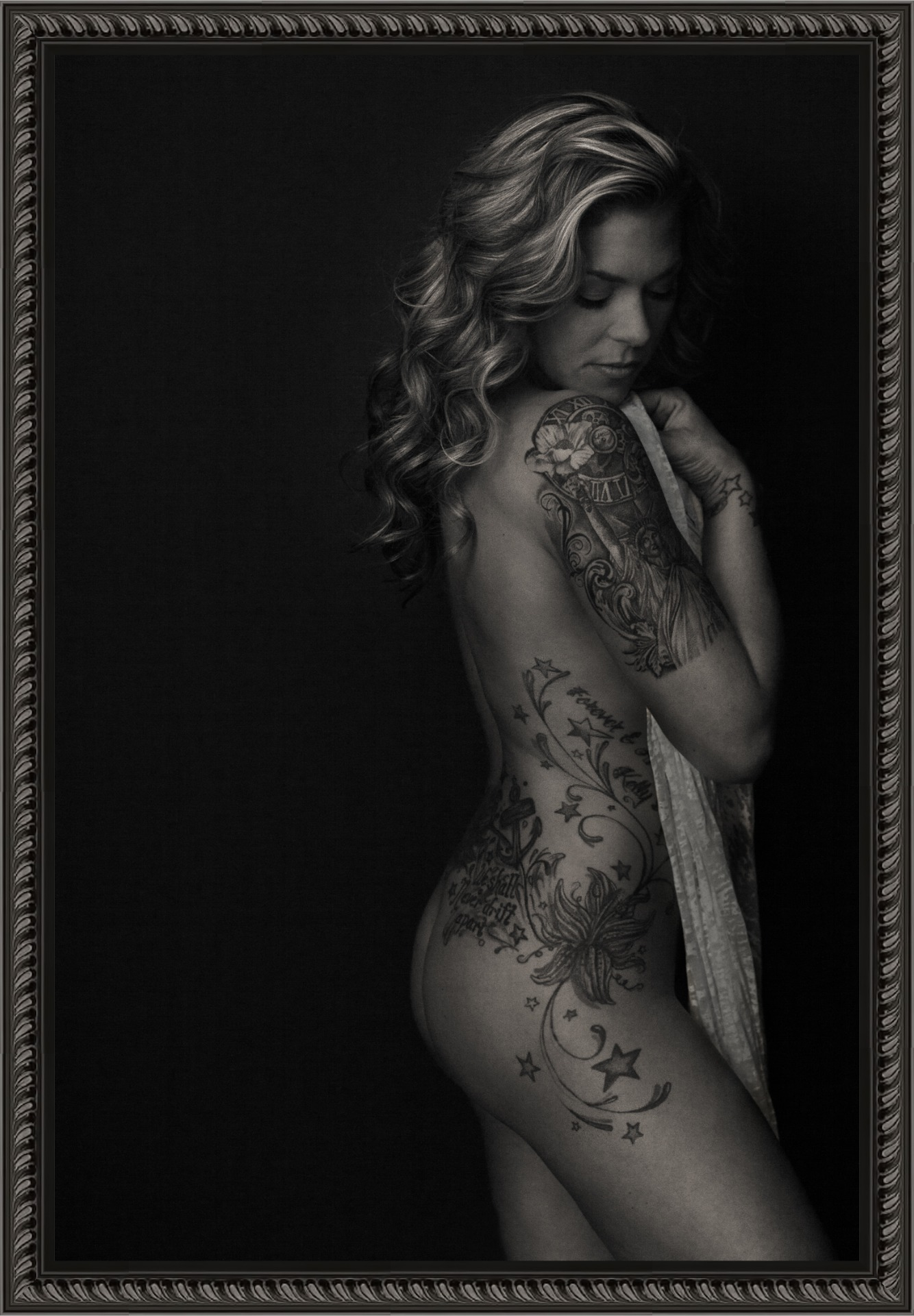 Boudoir-Sexy-Tattoos-Photography-Portrait