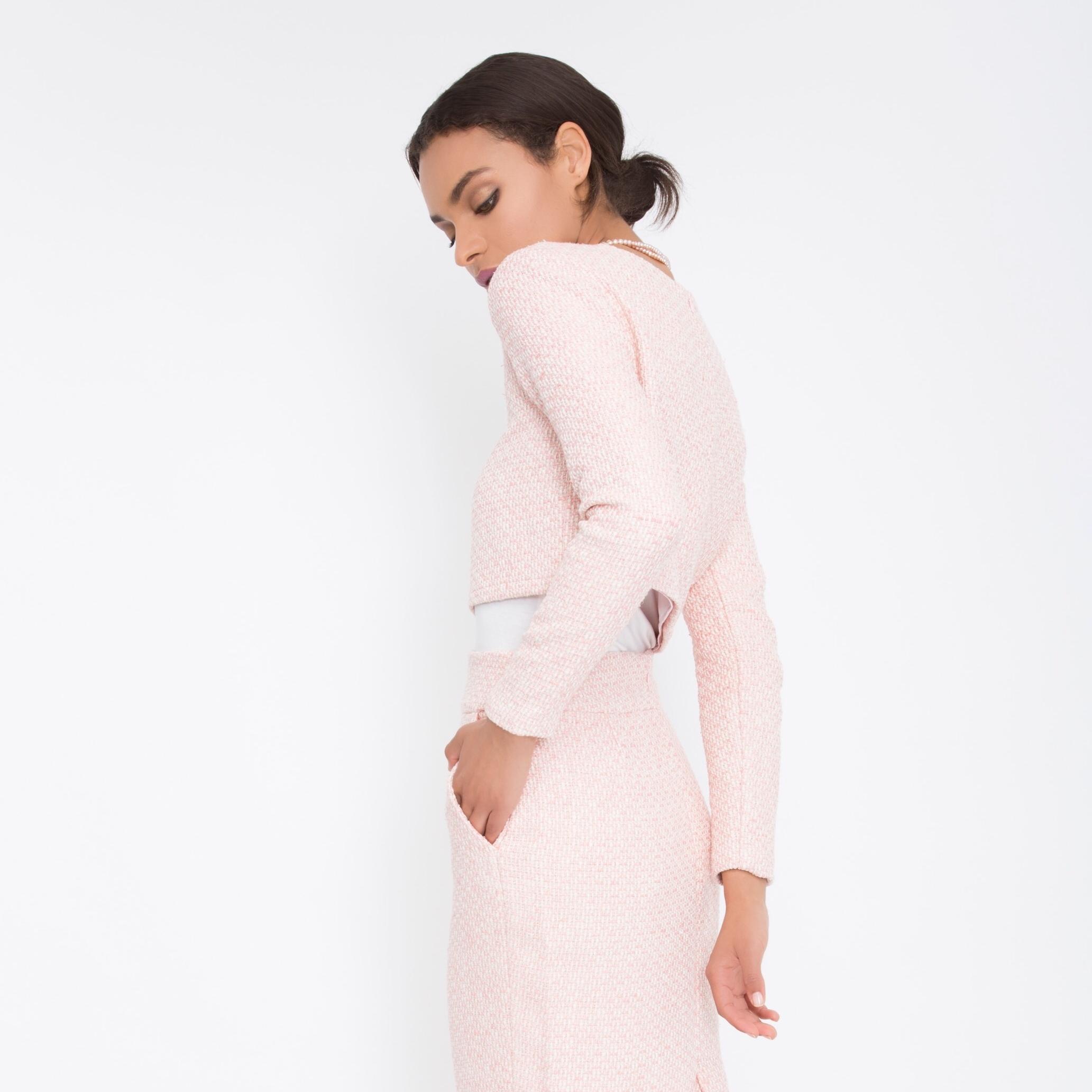 Pink separates that we love to see together. 👙 (Senate Tweed Crop Top + Senate Tweed Pencil Skirt)