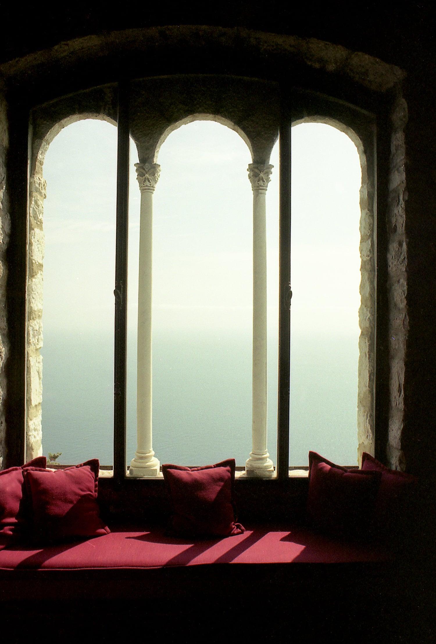 Window in Chevre d'Or