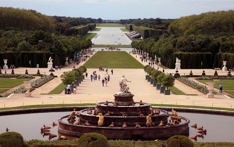 Afternoon in Versailles