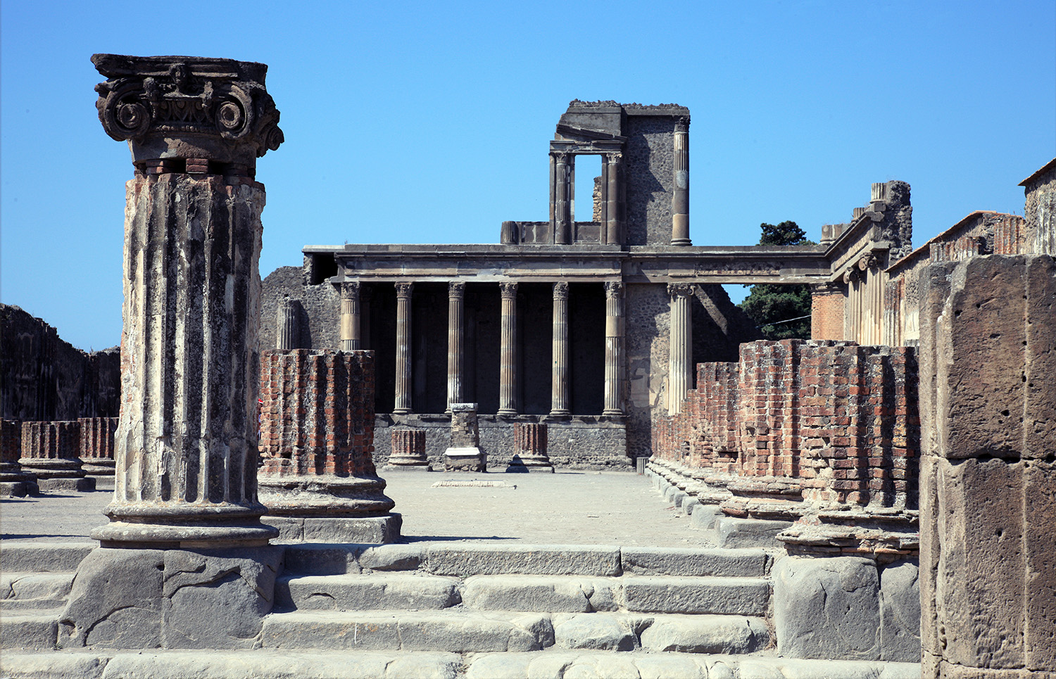 The Remarkable Ruins of Pompeii