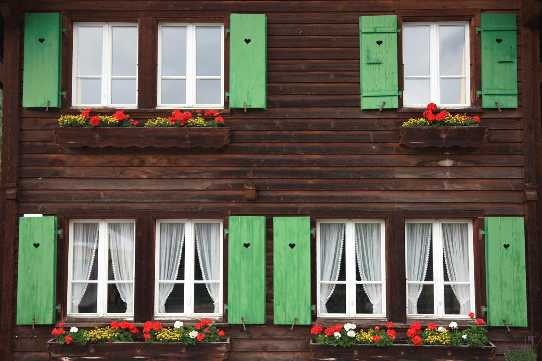 Windows in Wengen
