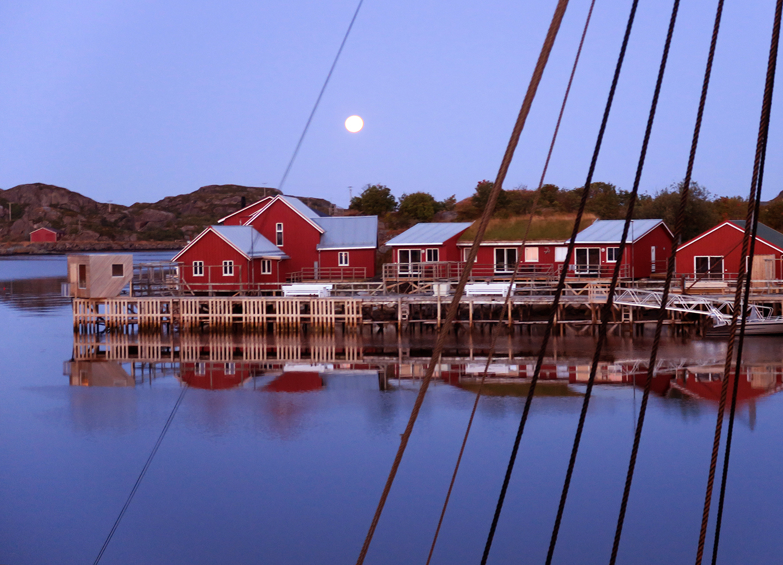 Moonrise over Lofoten