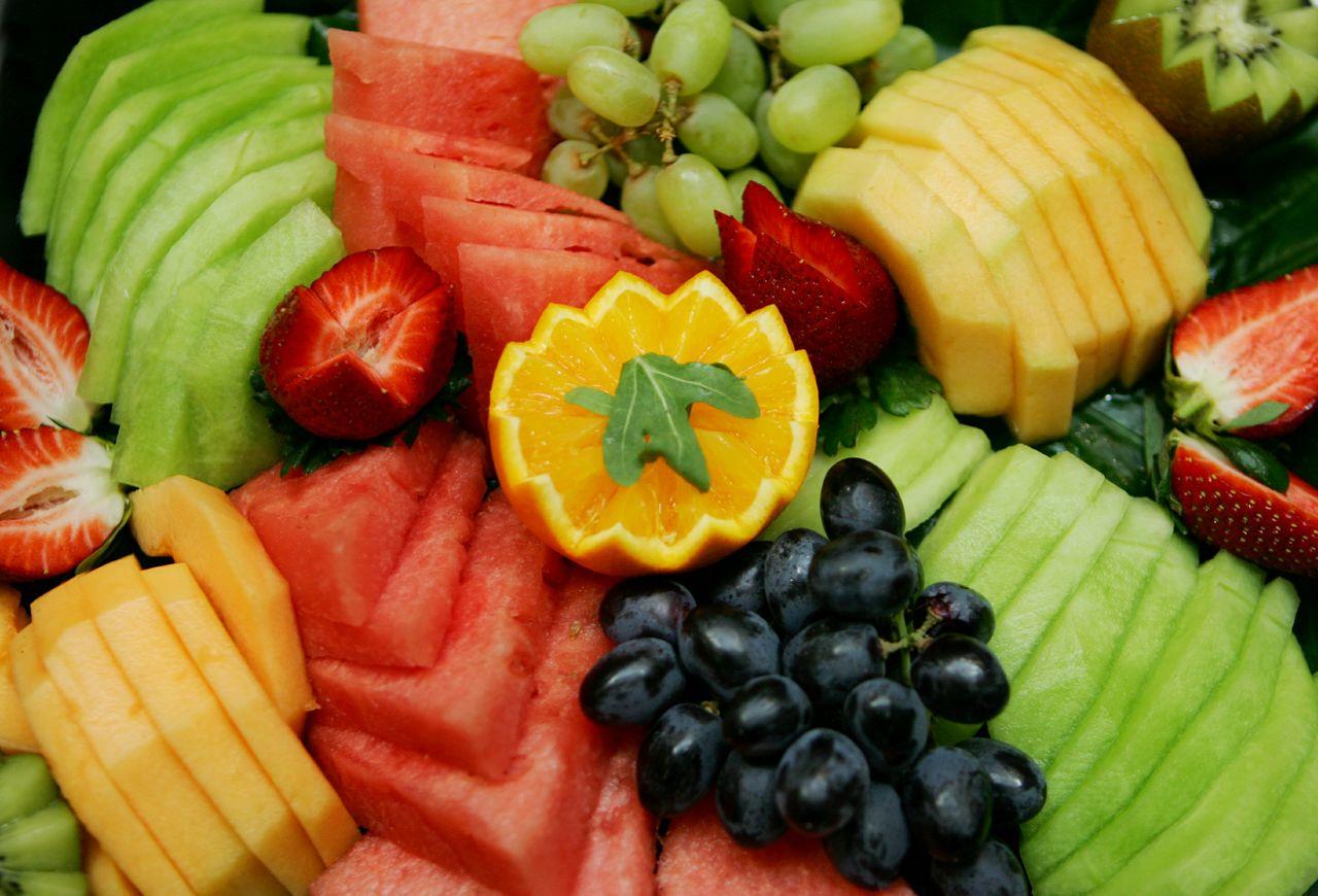 Deli Fruit Platter.jpg