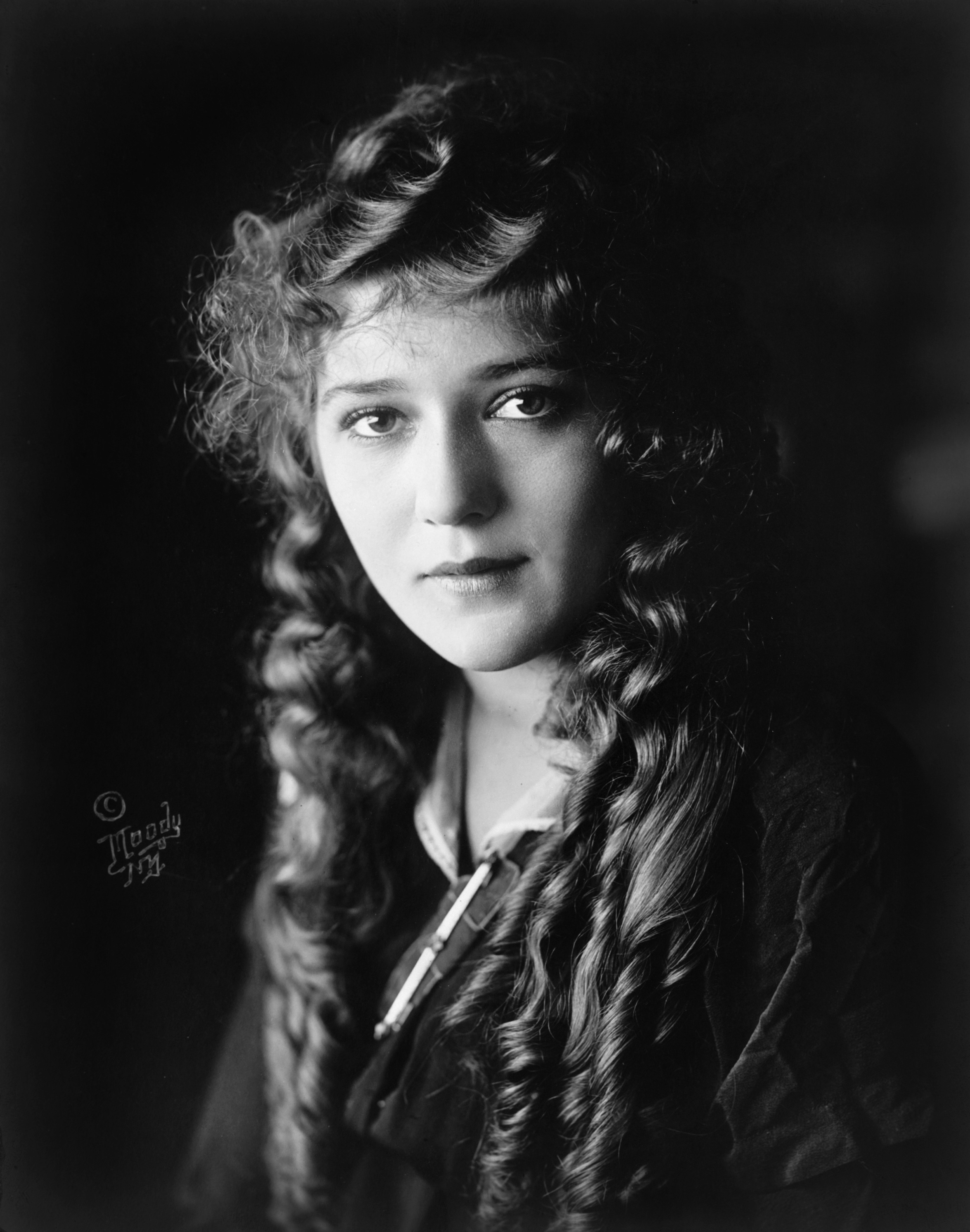 Mary_Pickford_cph.3c17995u.jpg
