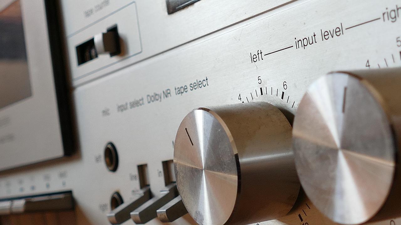 stereo-1221149_1280.jpg