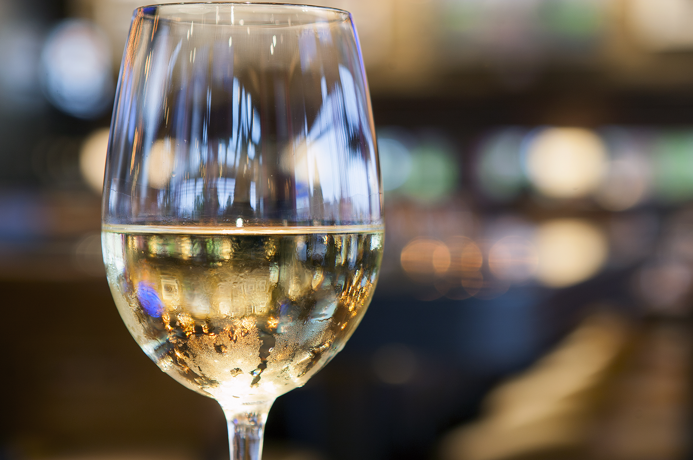 White Wine1.jpg