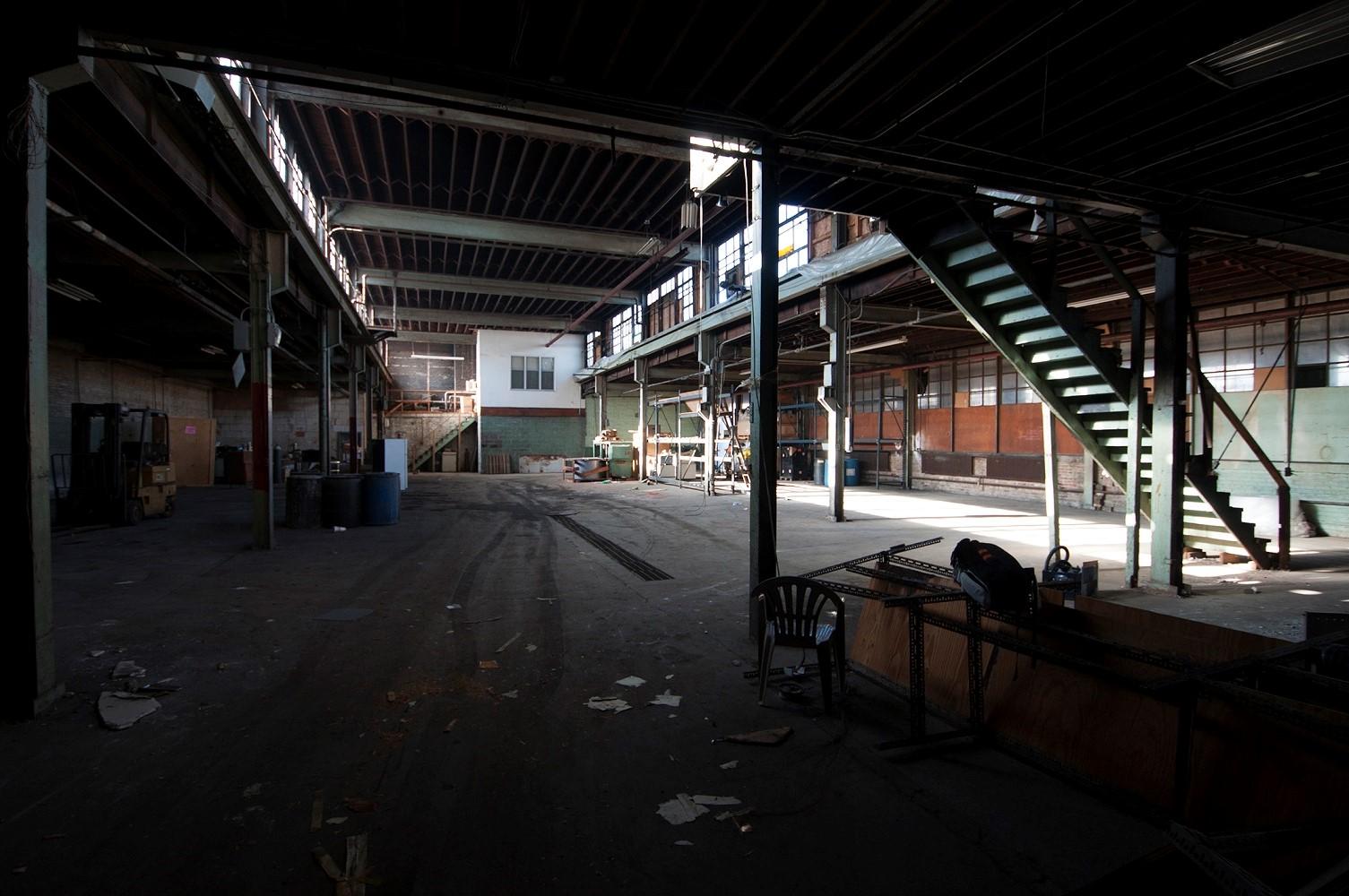 03 Courtyard (Before).jpg
