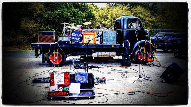 We had such a great time  @infamousbrewing yesterday for their 4 year anniversary! What a cool stage too! * * * #austin #austinmusic #sxsw #anniversary #loveandmusic #hugsomeonetoday #greatbeer #greatpeople #rockandroll #faircityfire #oldtrucks