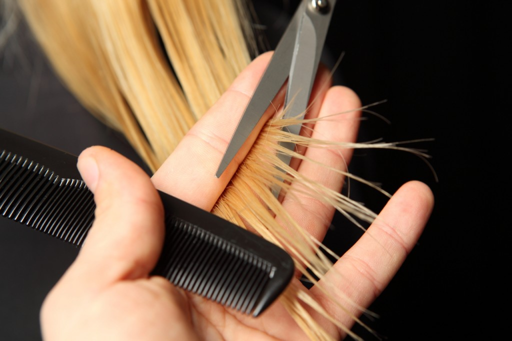 trimming-hair-extensions-1024x682.jpg