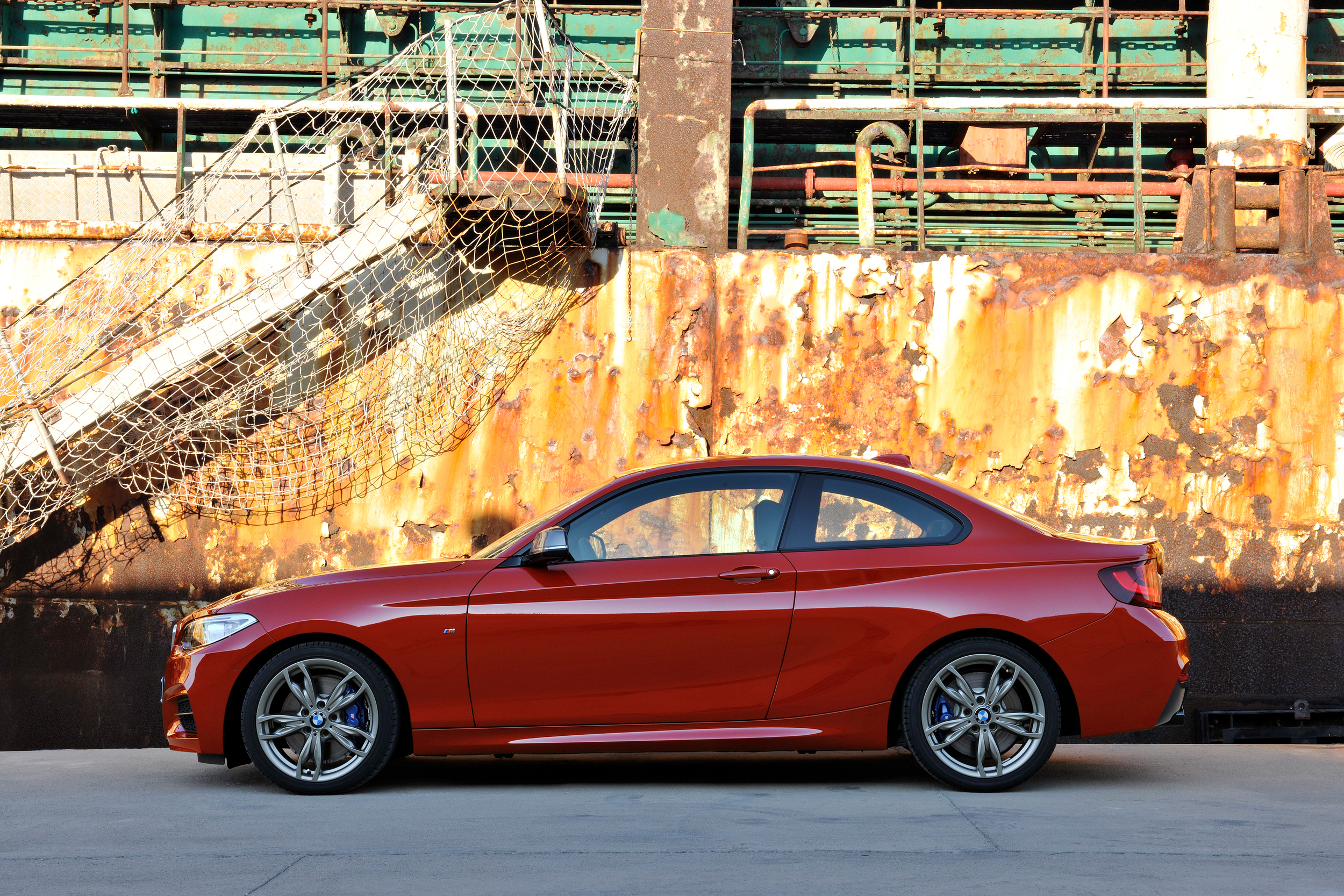 P90137598_highRes_the-new-bmw-m235i-co.jpg