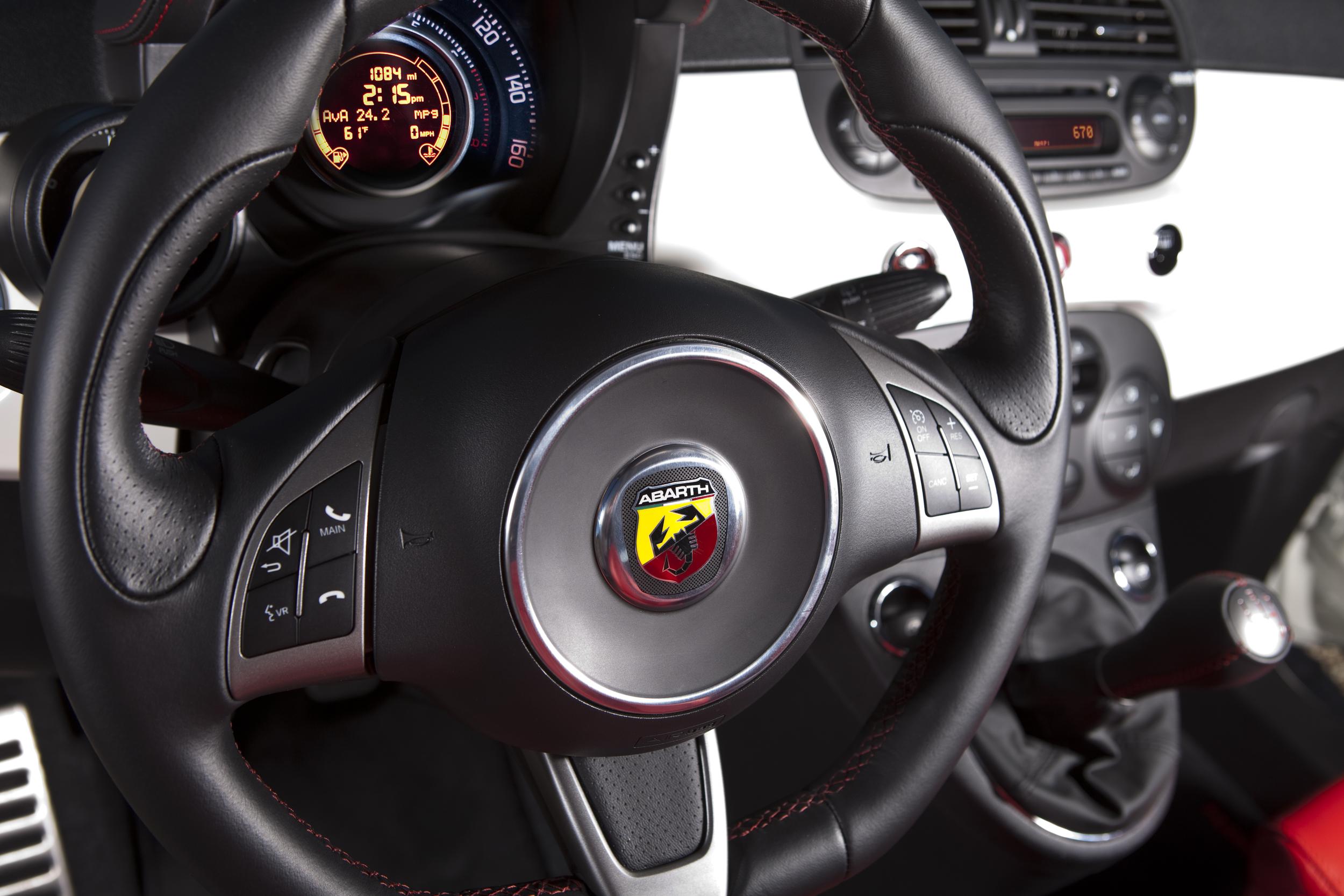 Fiat 500C Abarth steering wheel.jpg