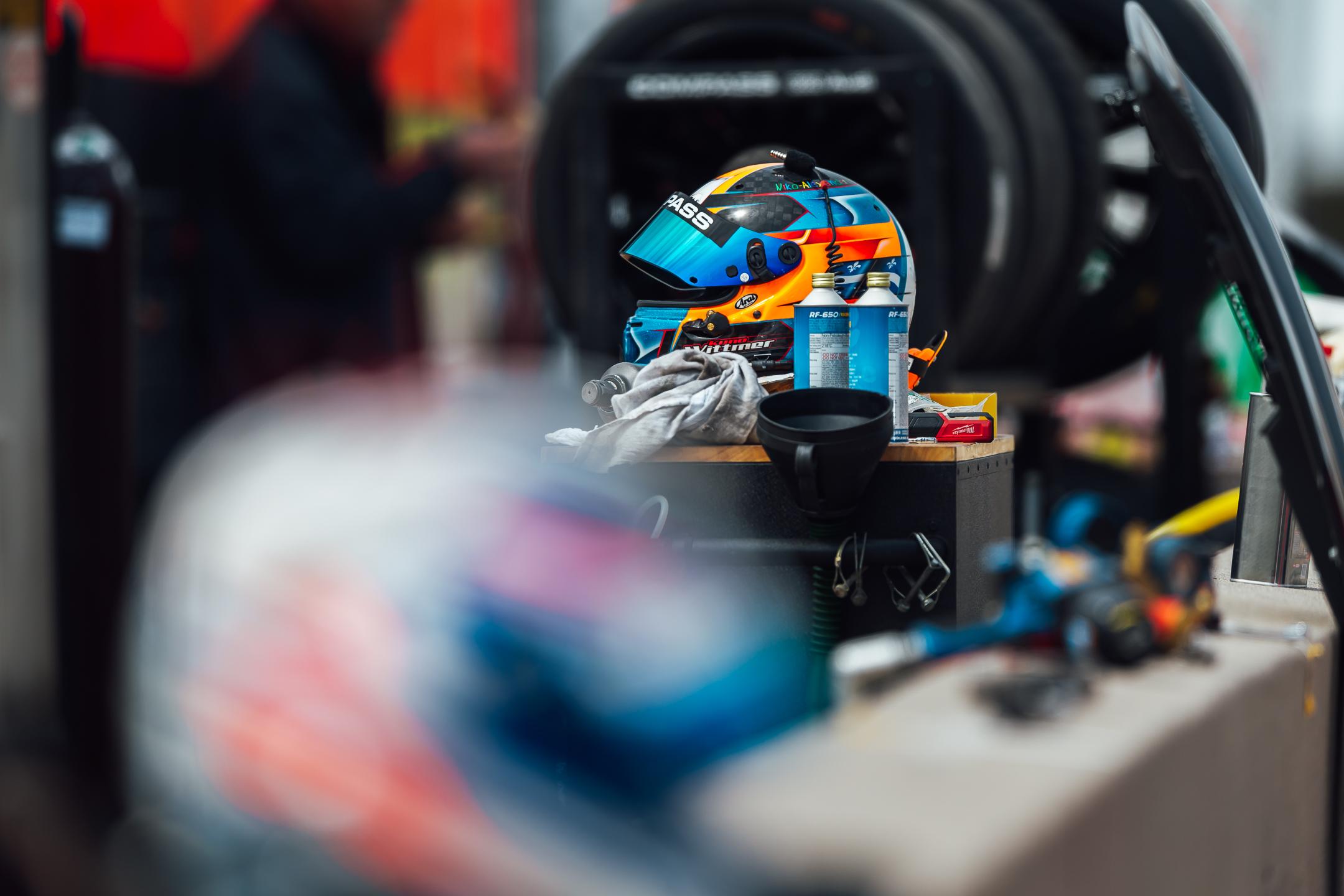 McLaren 720S GT3 - Compass Racing-0260.jpg