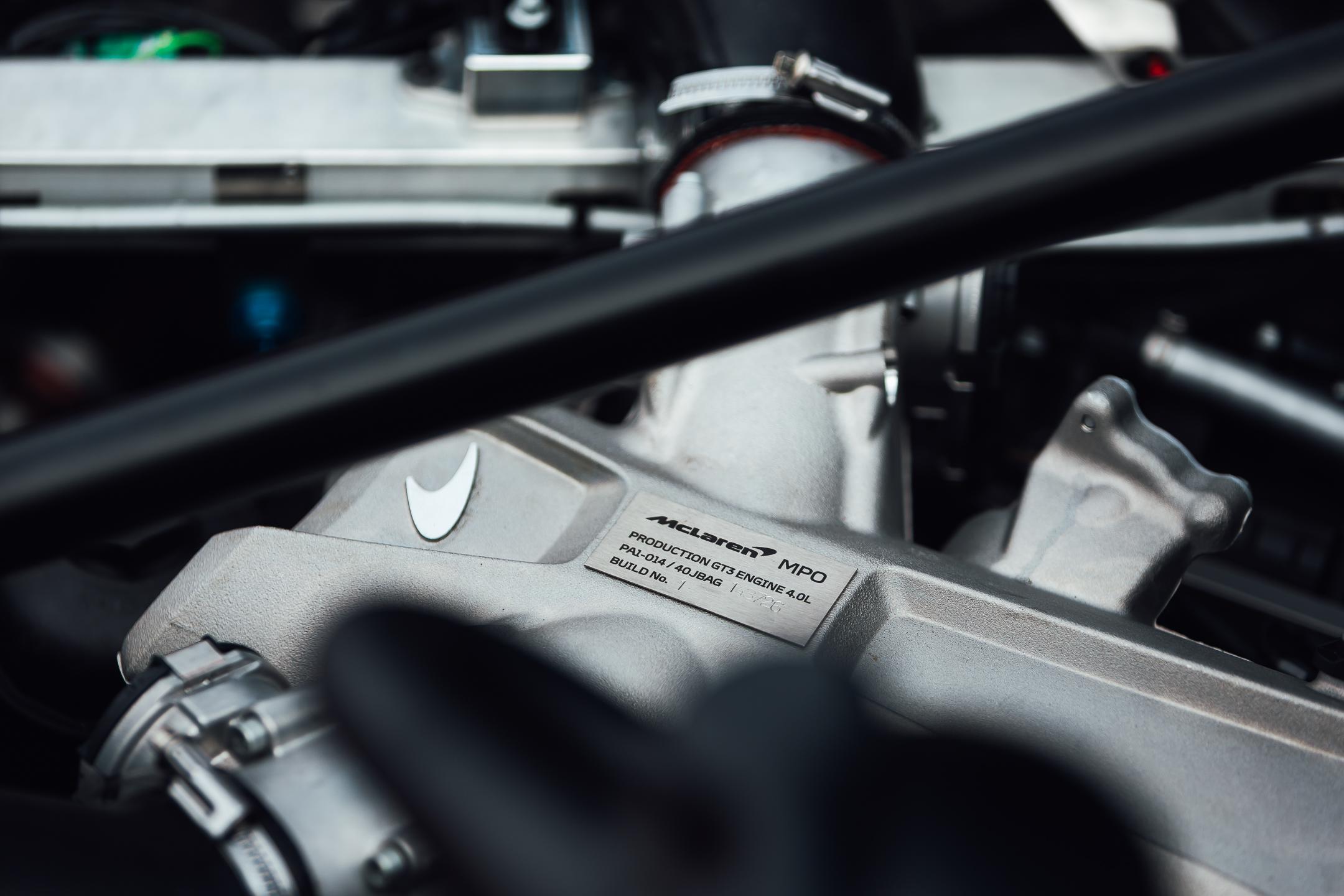 McLaren 720S GT3 - Compass Racing-8123.jpg