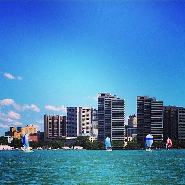 Detroit break down, Motorcity shake down #windsor #riverfront #sailing