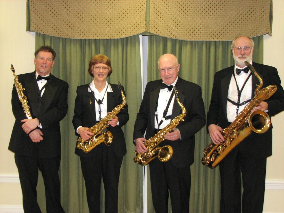 3193-Quartet Standing w Flash.jpg