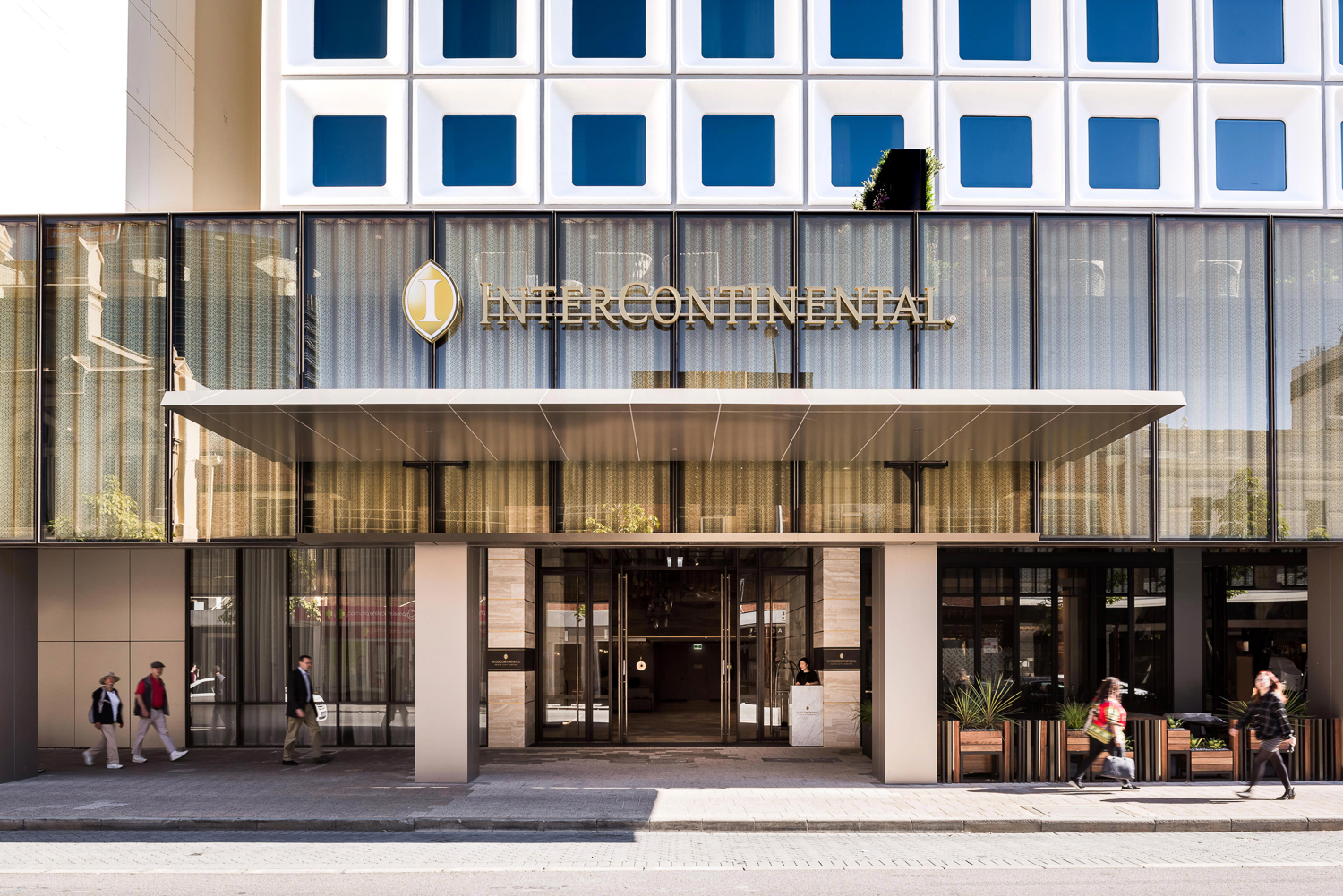 Intercontinental-85_LR.jpg