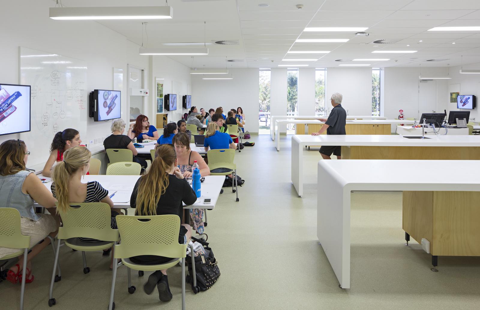 The Wet Active Learning Space