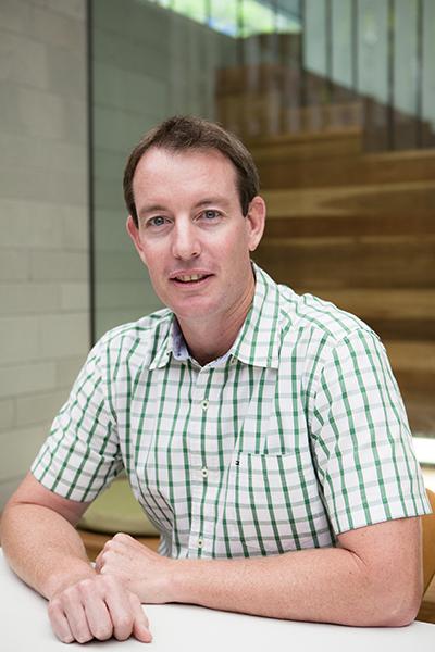 Michael Herse,  Associate
