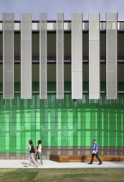 Auditorium_UofQ-05.jpg