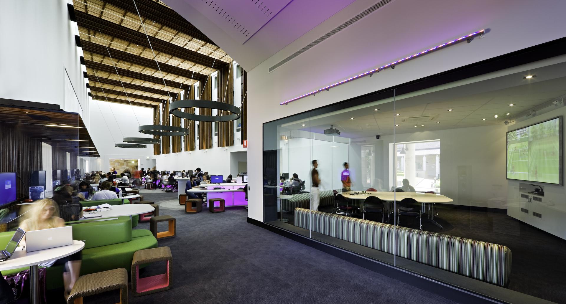 Social Learning Spaces; Bond University, Balnaves Multimedia Learning Centre