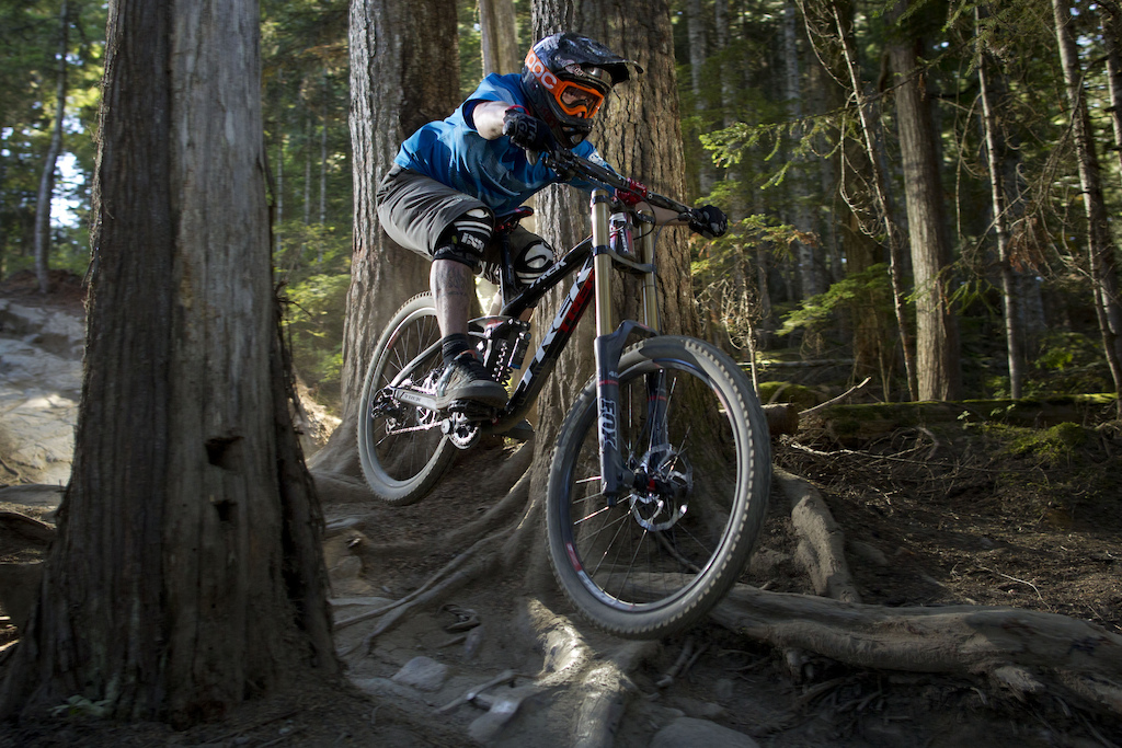 Trek_Downhill.jpg
