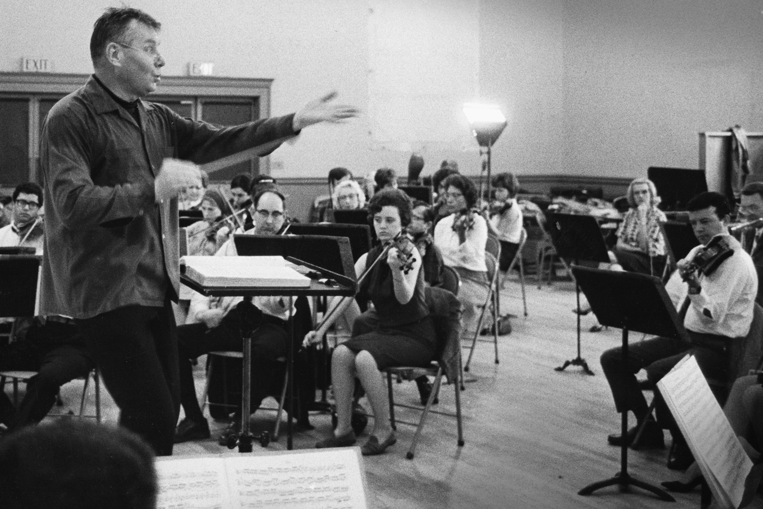 Robert Shaw's first rehearsal with Atlanta Symphony Orchestra musicians in an unused Atlanta school building on 10th Street, 1967.