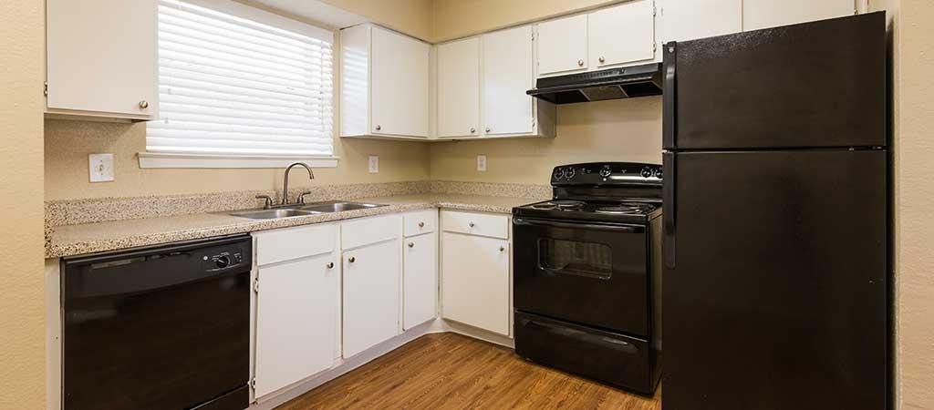 large-kitchen.jpg