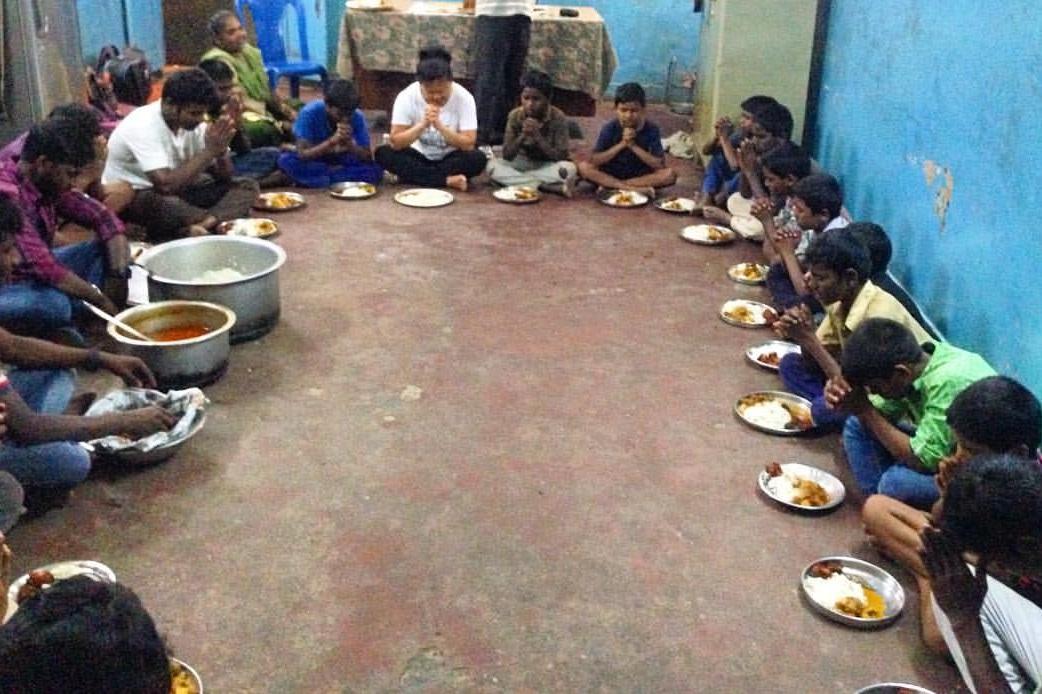 we+pray+before+eating.jpg