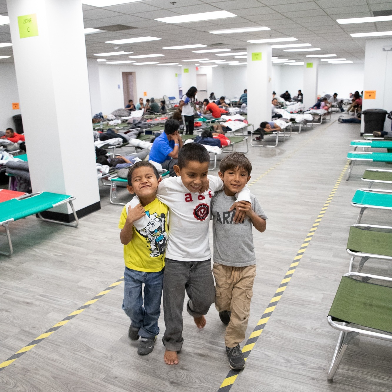 San Diego Rapid Response Network - Migrant shelter in downtown SD helping refugees crossing the Mexico border