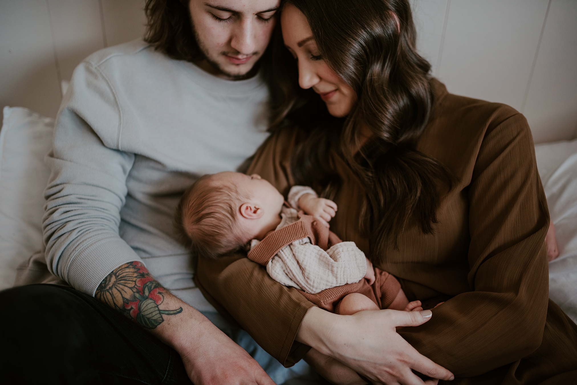 Newborn Motherhood Photography