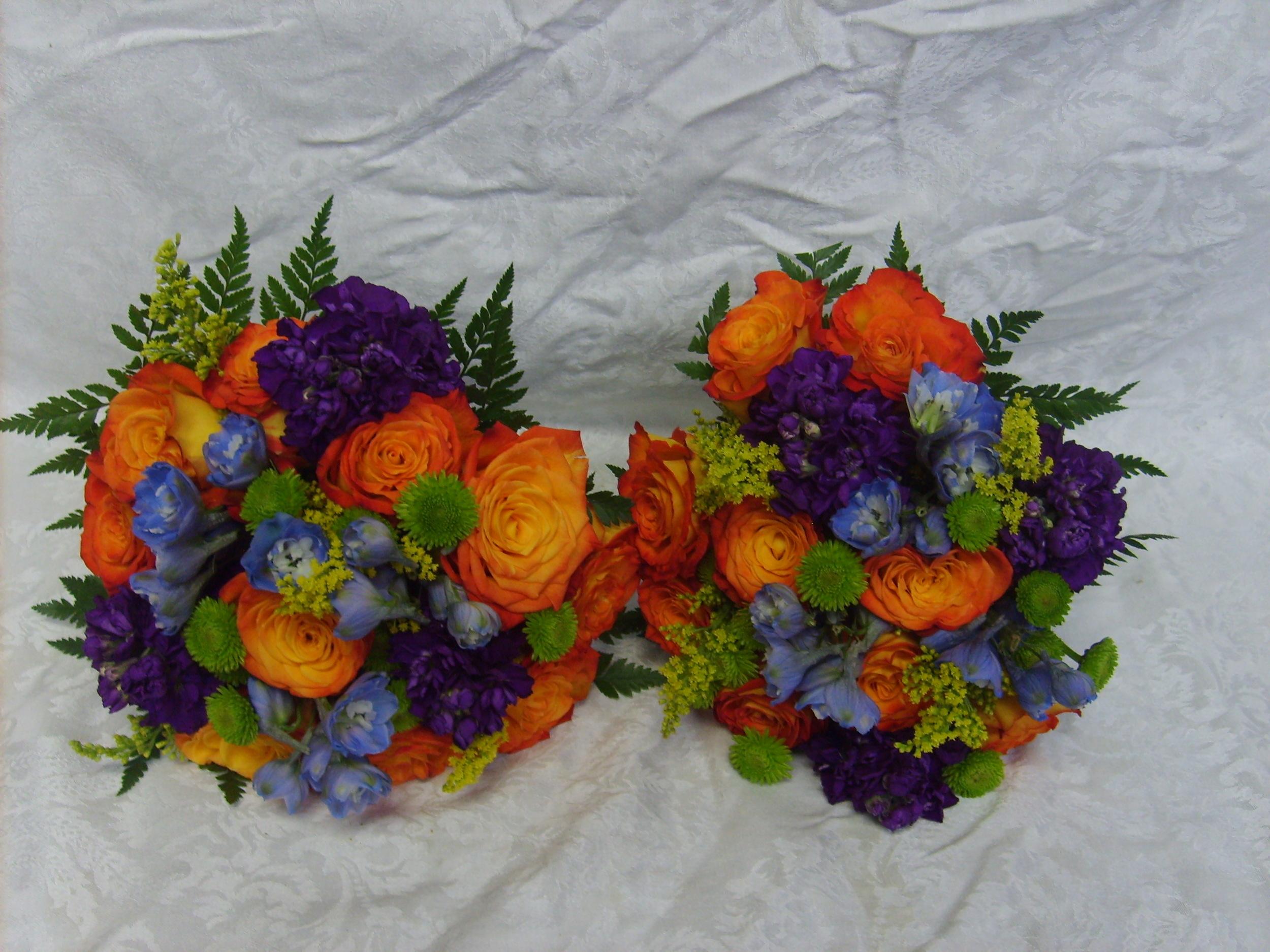 GRAD PICS AND FLOWERS 046.jpg