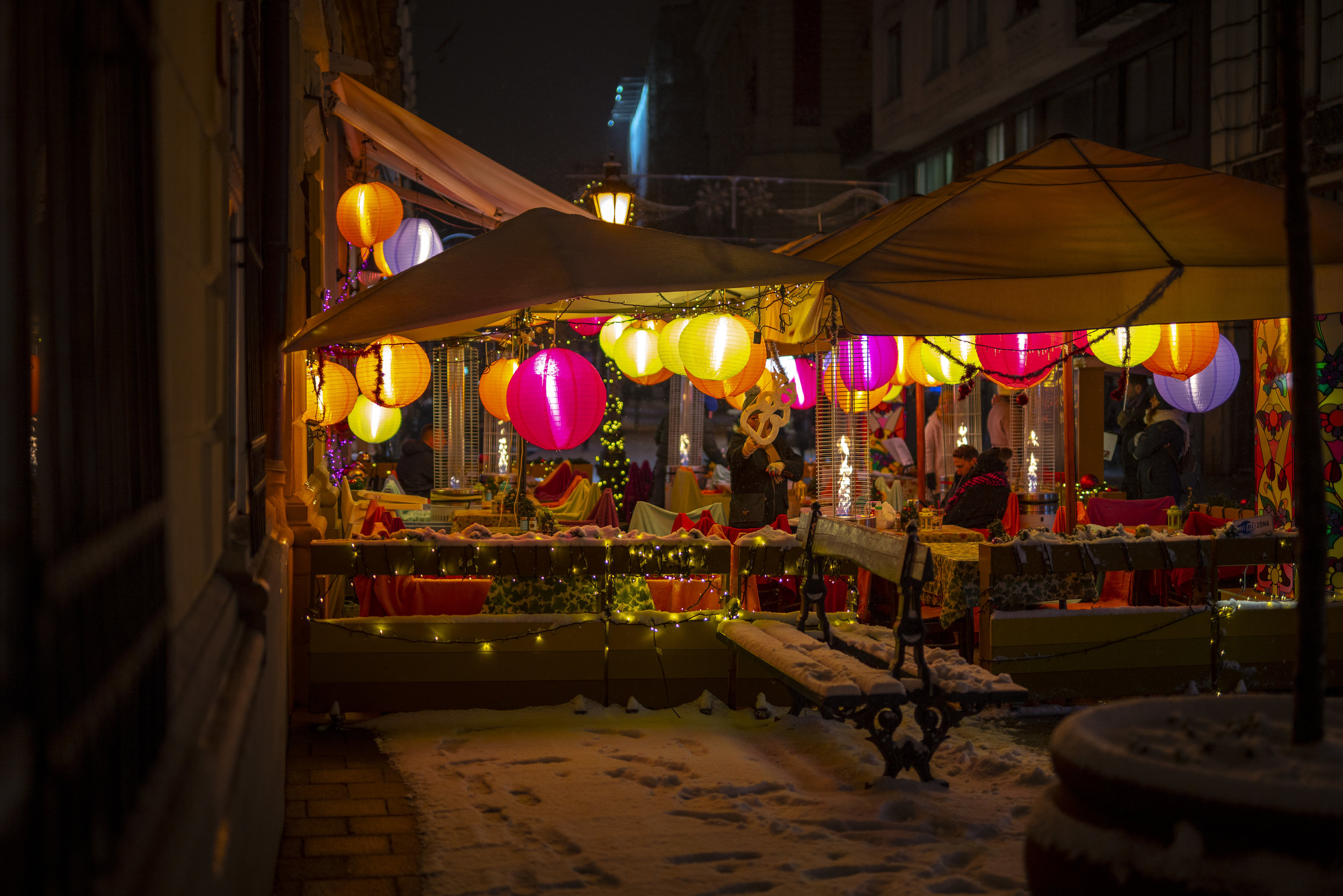 Budapest-China-Light-Bar-1.jpg