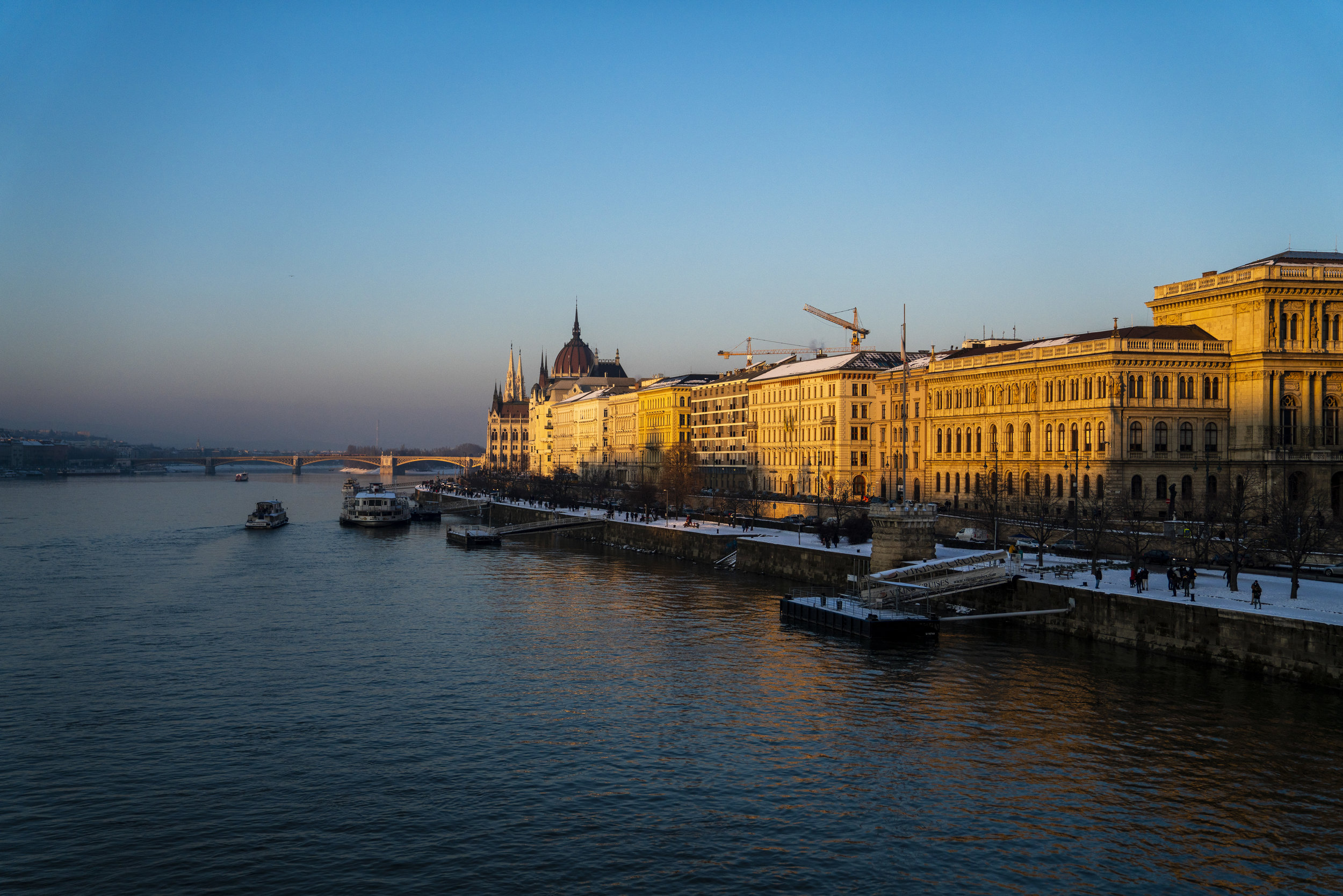 Budapest-Parliment-1.jpg