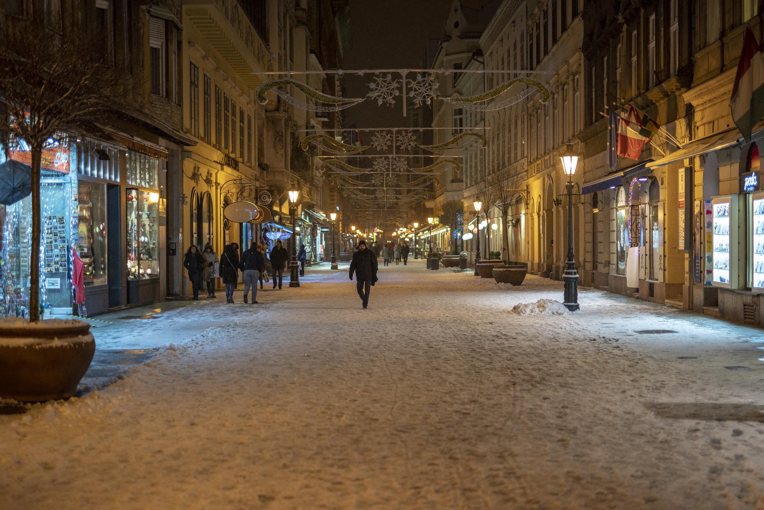 Budapest-Street-1.jpg