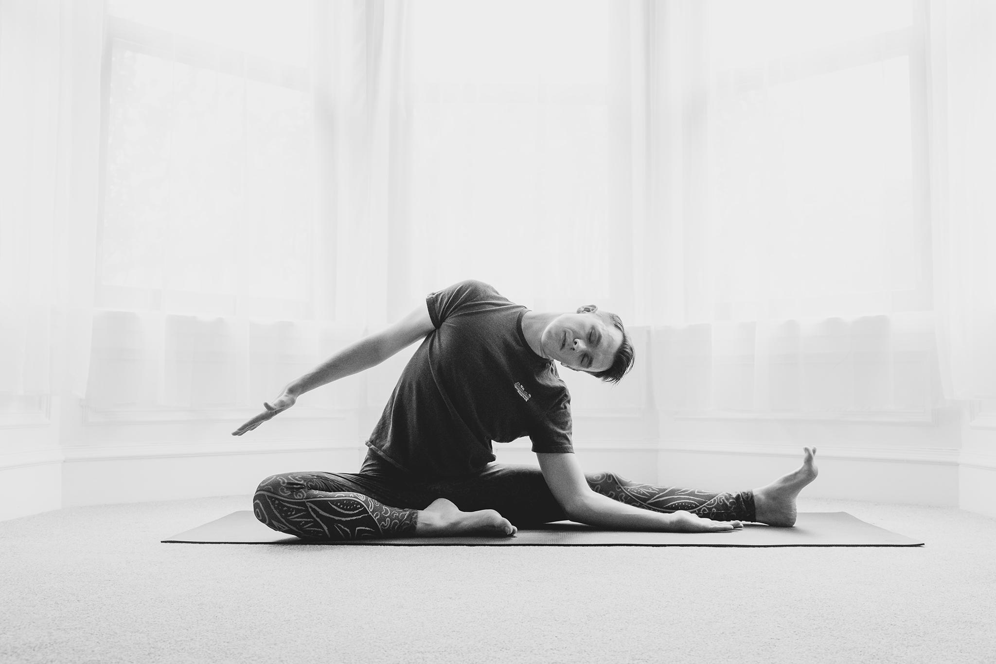 RMc Yoga-8793_web.jpg