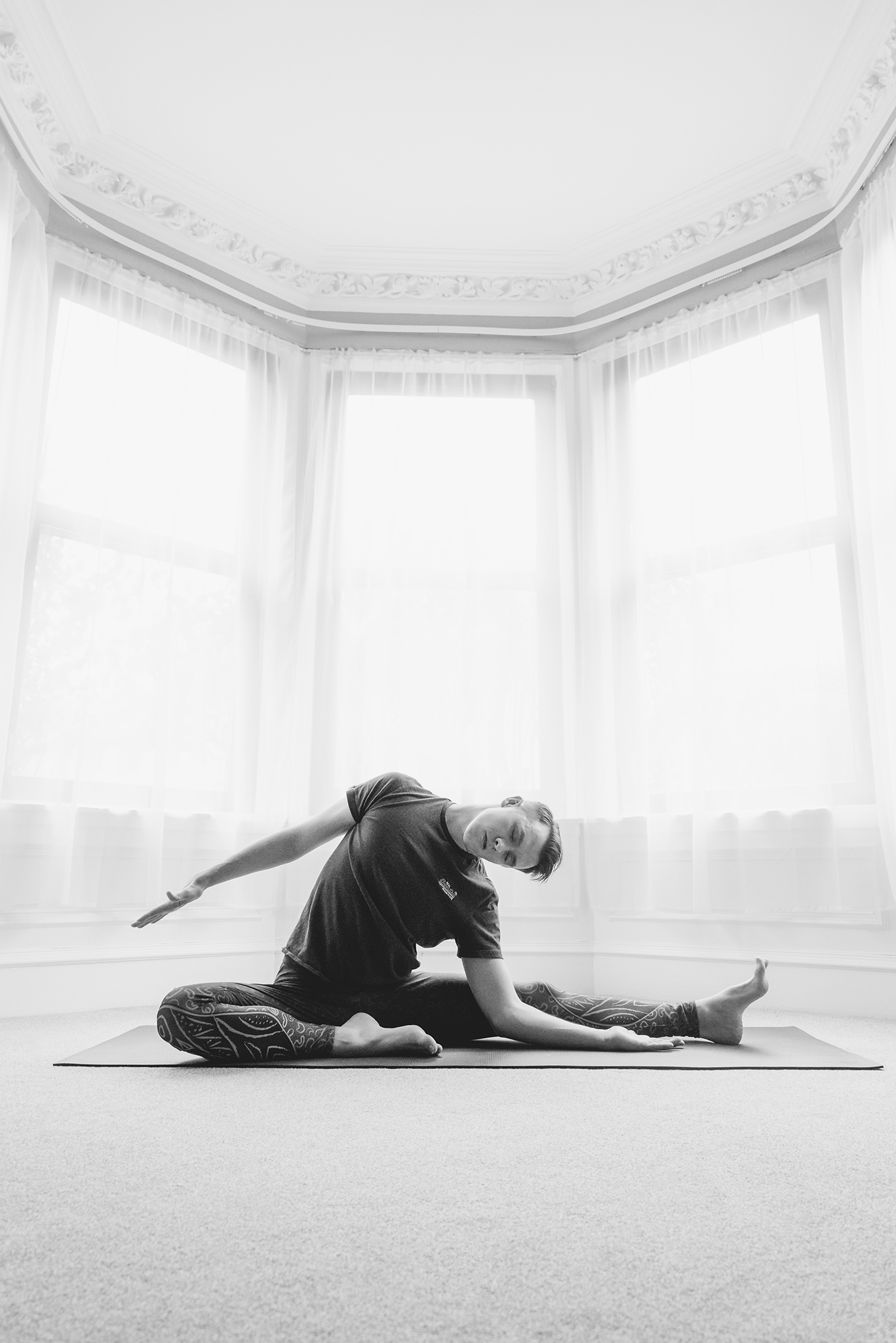 RMc Yoga-8796_web.jpg