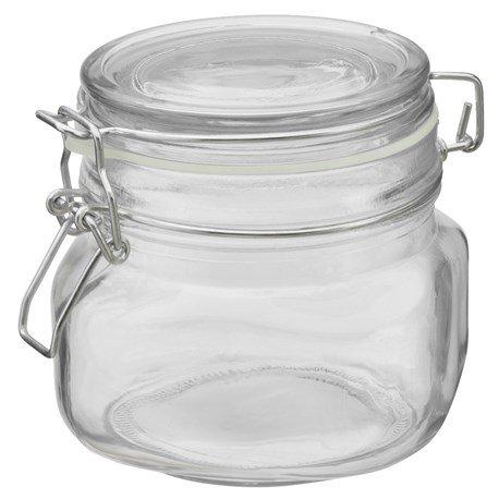 - Vi anbefaler derimot disse billige glasskrukkene til 20,- pr stk på Jula
