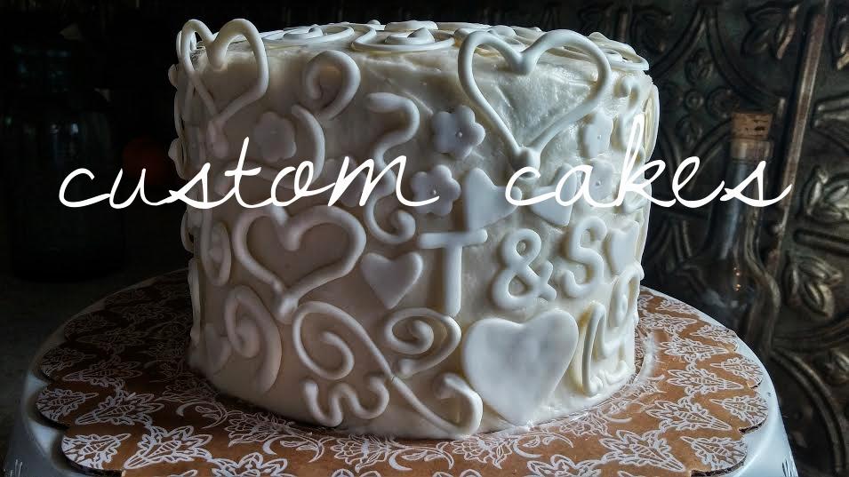 customcakes.jpg