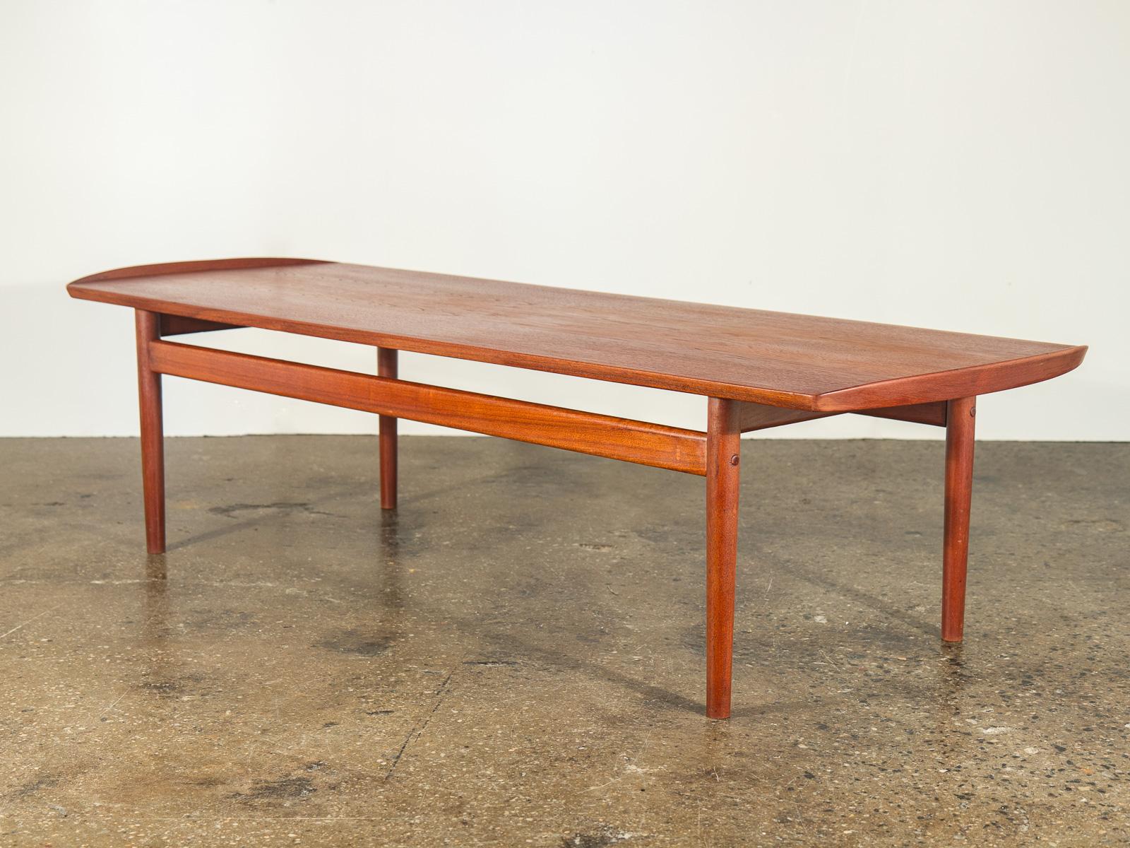 Arne Vodder Coffee Table