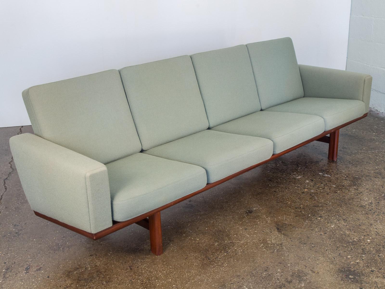 Hans Wegner GE 236 Green Sofa