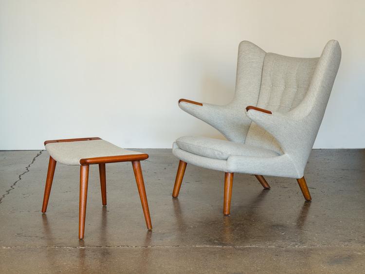 Hans J. Wegner AP 19 Papa Bear Chair and Ottoman