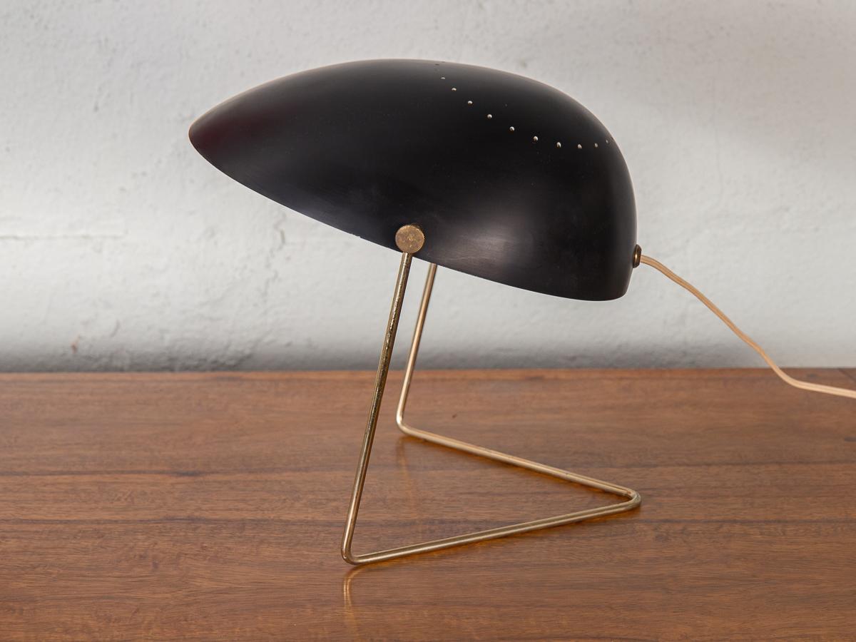 Gerald Thurston Cricket Lamp