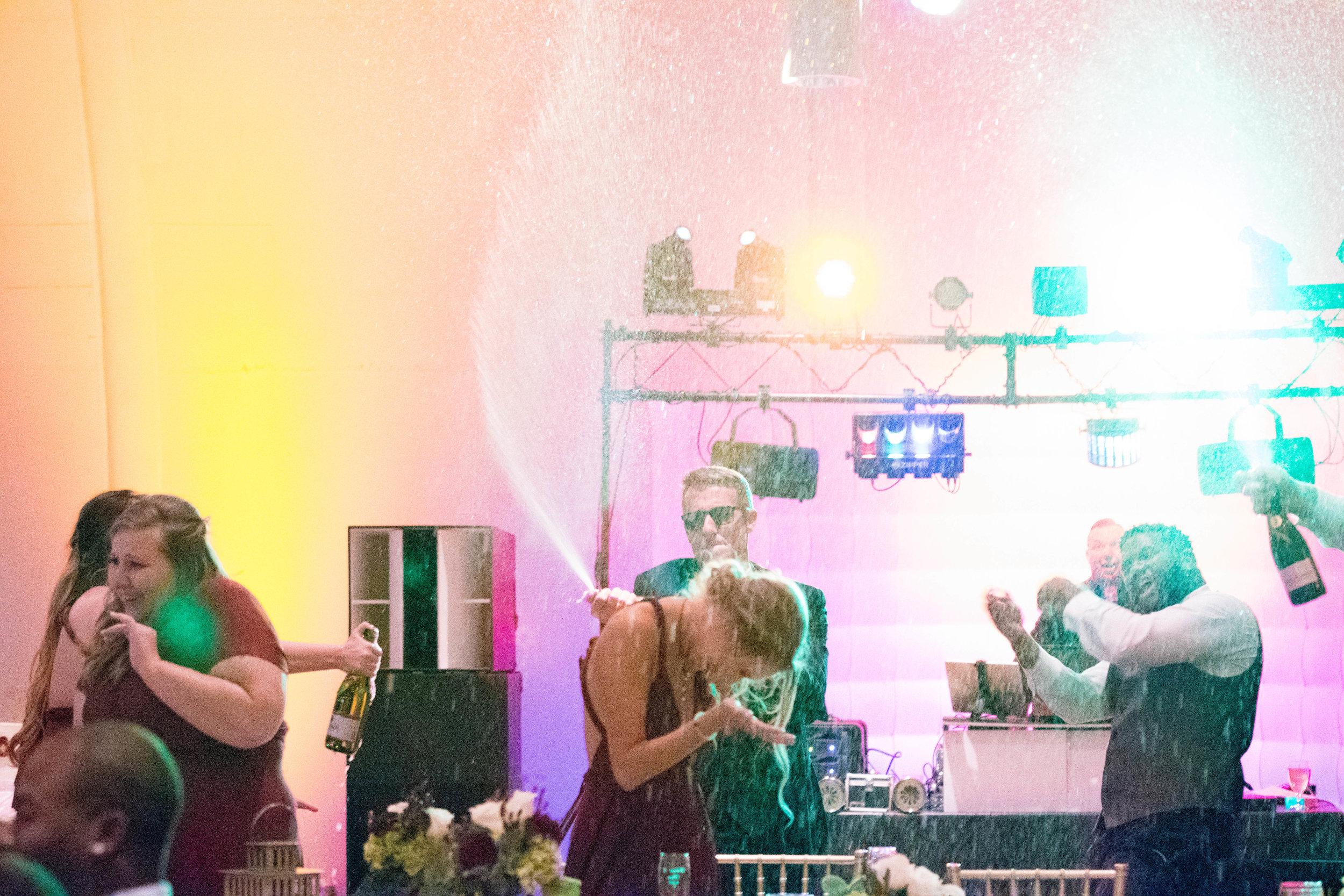 The Best Wedding DJ in Fort Wayne, IN