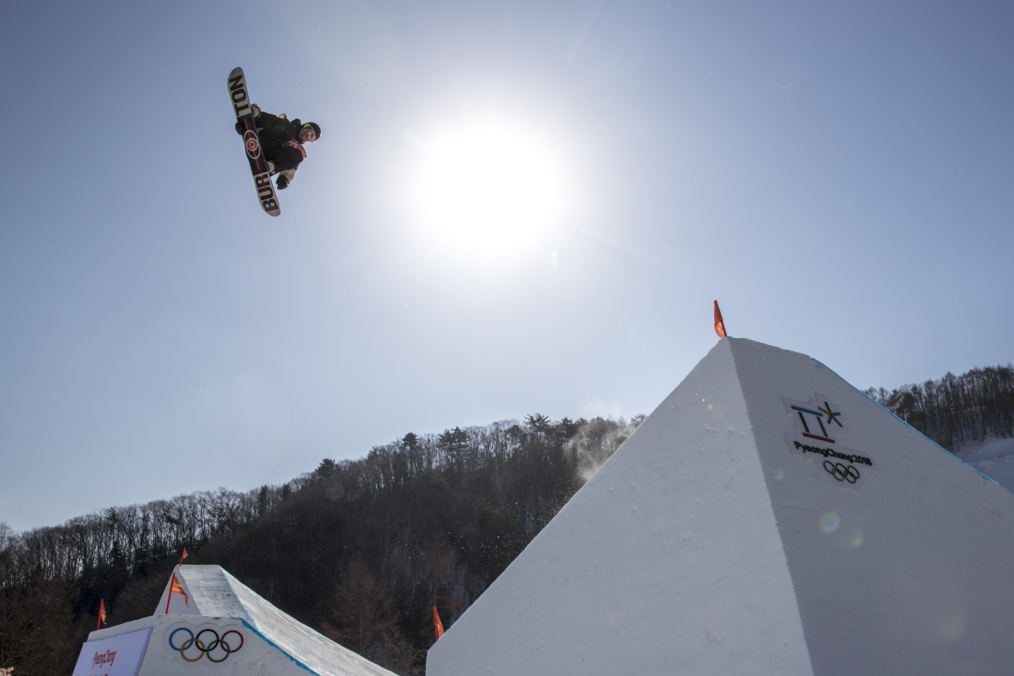 Team Canada's Tyler Nicholson(14), Mark Mcmorris(2), Sebastien Toutant(4) and Max Parrot(7) in qualifying rounds for the Mens Snowboard Slopestyle at Phoenix Snow Park, PyeongChang, South Korea.. Photo/David Jackson