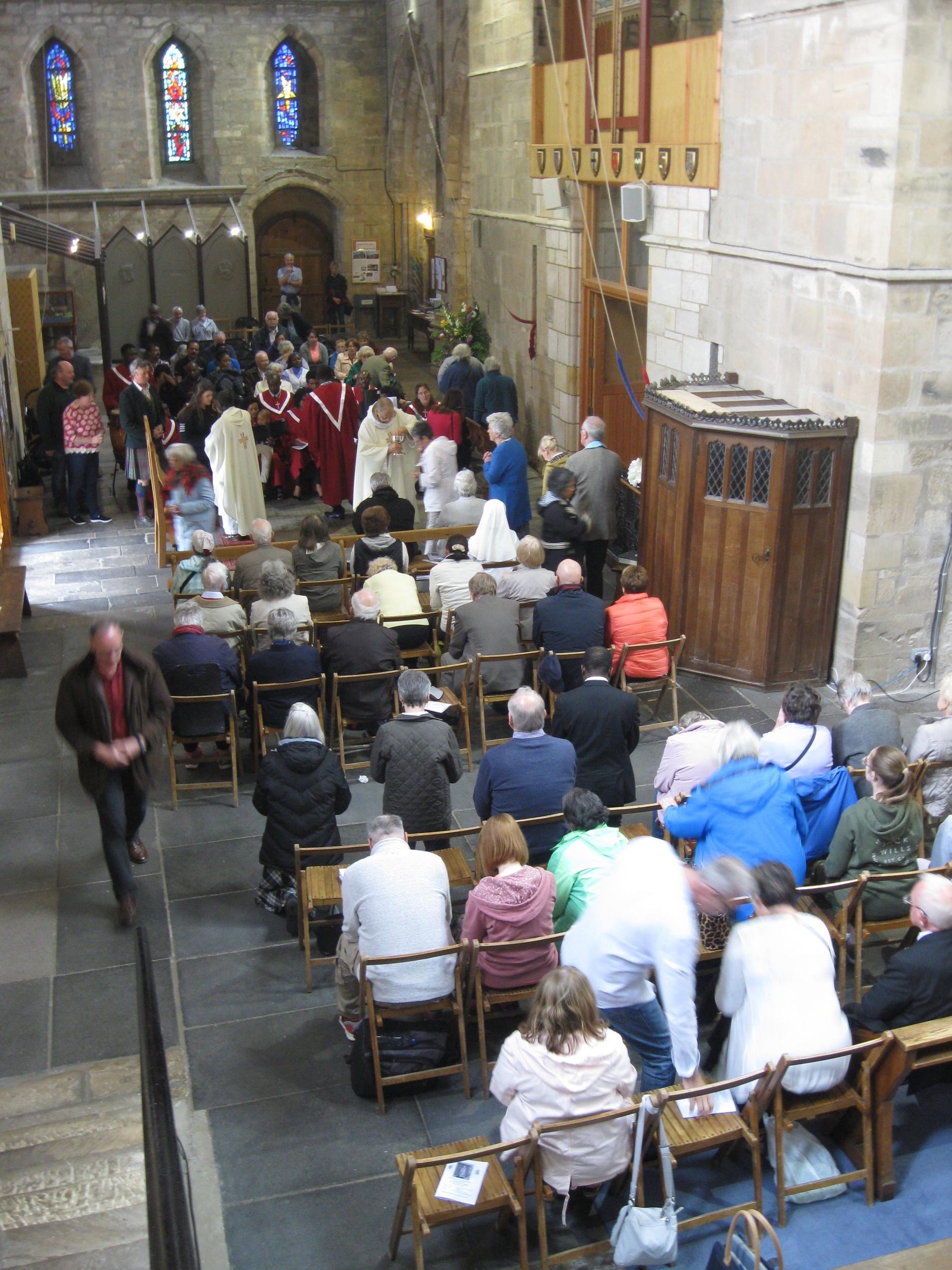 Holy Communion in the Transepts