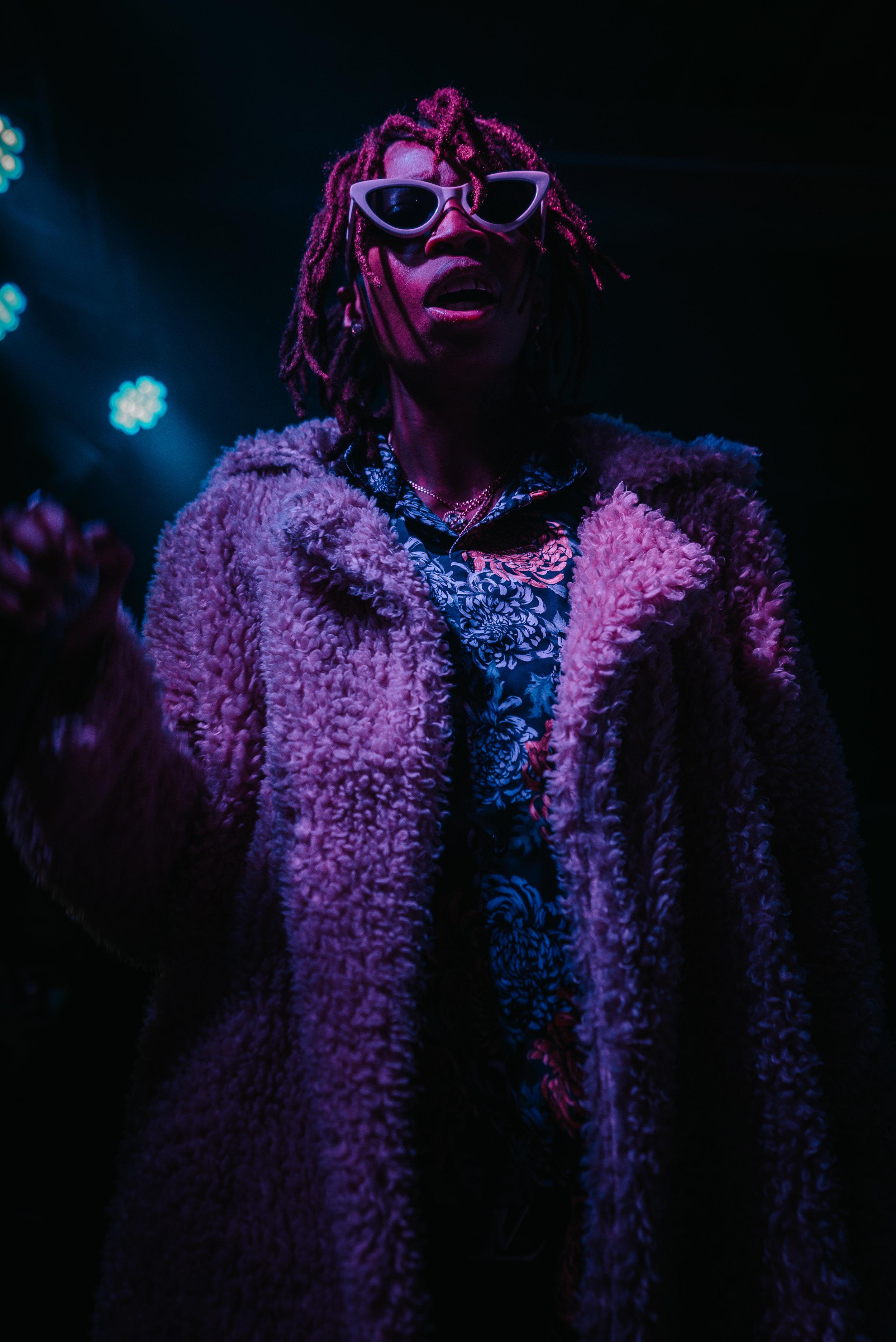 snowsa on stage