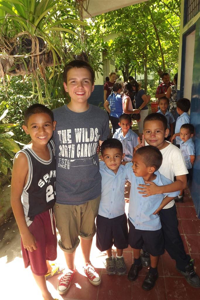 Heritage El Salvador Misions Trip 2014_0154.jpg