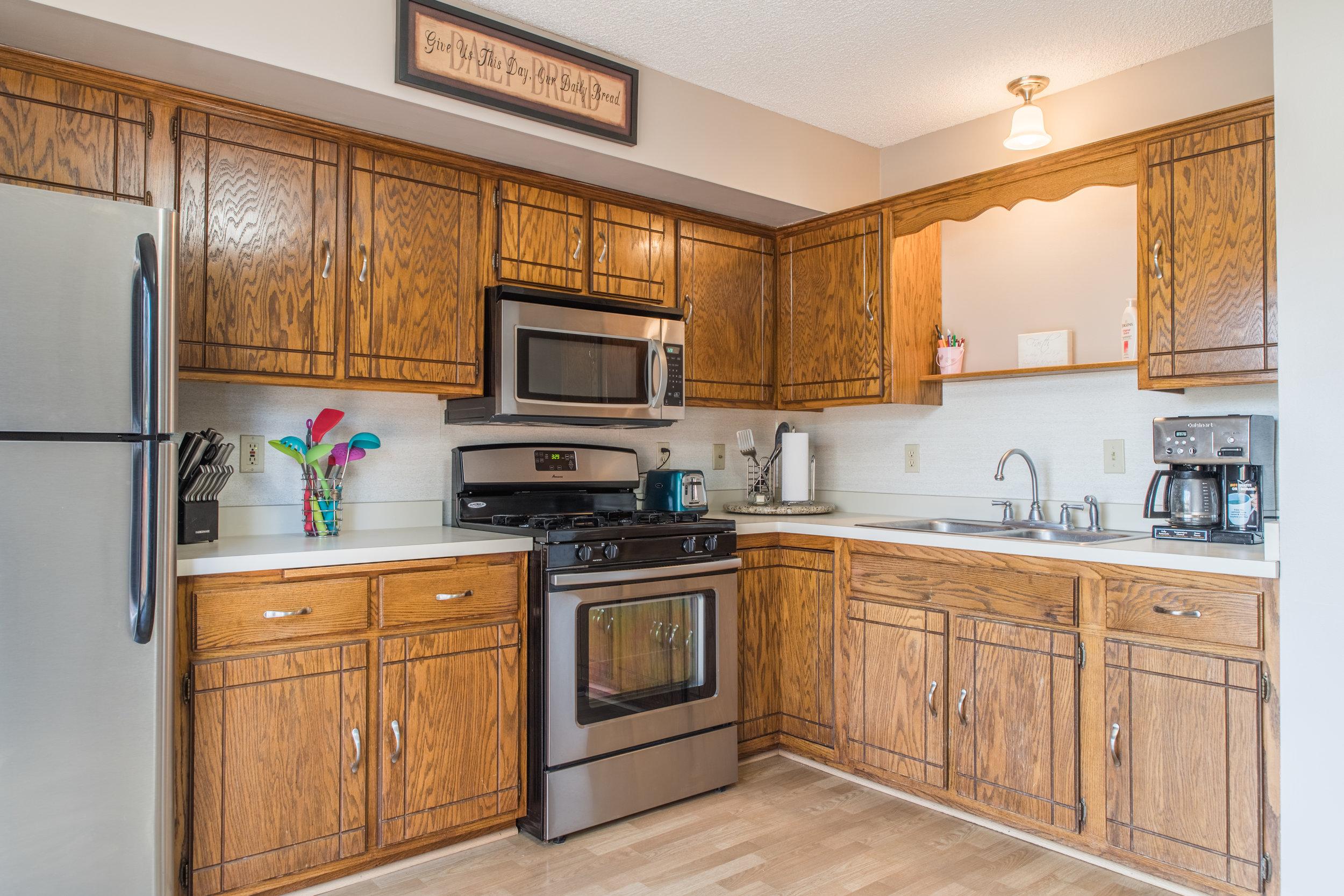 Kitchen2 (2).jpg